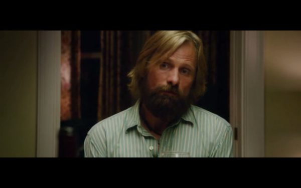 Actor Viggo Mortensen Fully Nude in Captain Fantastic